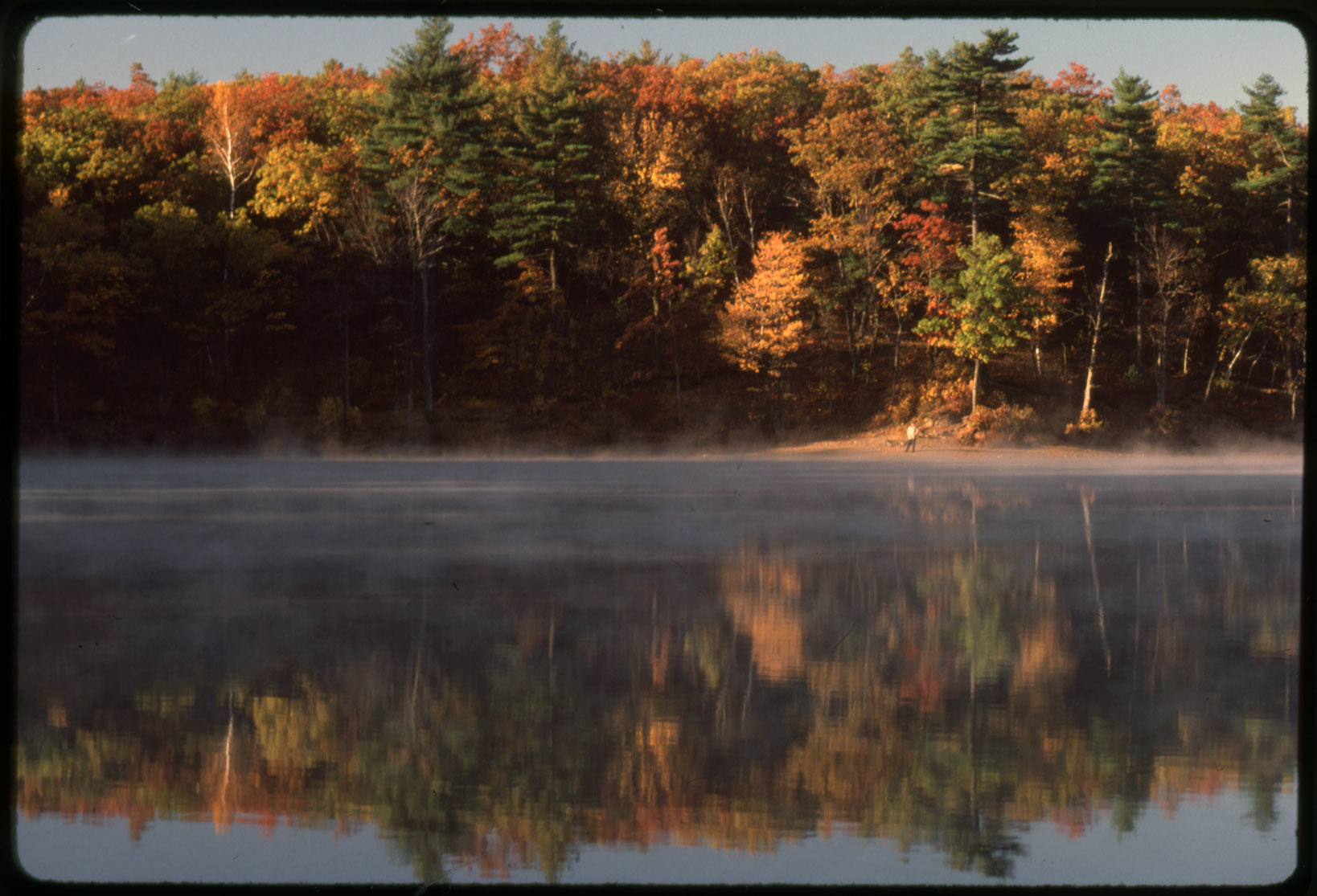 Depiction of Walden Pond, Oct. 1985
