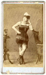 Unidentified female acrobat