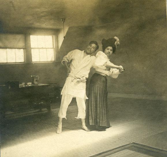 Yoshiaki and Fude Yamashita, ca.1904